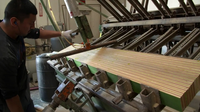 Every Third Thursday   Strung Out   Veneer Laminated Surfboard Stringer Snowboard-2015-02-22 21-24-57