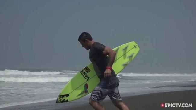 EpicTV Video- Benjamin Sanchis And Friends Getting Deep In Massive Barrels In Mexico - EpicTV[10201511195828GMT]